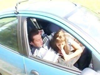 एक कार में अरब बेब सामिया