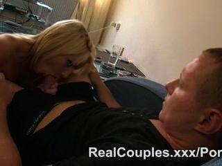 पति घड़ियों पत्नी और उसके बाद में fucks