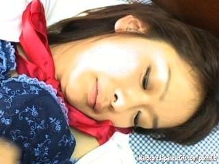 इस संचिका जापानी प्यारी से कामुक handjobs