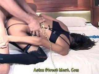 एशियाई लड़की उत्सुक