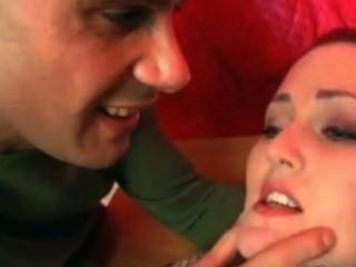 ivana- जोड़े को यौन सहायता हो जाता है