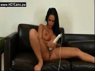 लाइव कैम उसे थरथानेवाला के साथ खेल रहा परिपक्व बड़े स्तन टैटू