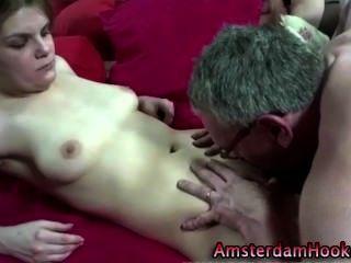 डच शौकिया फूहड़ एक सह शॉट हो जाता है