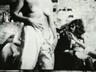 दृश्य 3 - सॉफ़्टकोर 581 50 के दशक और 60 के दशकों जुराब