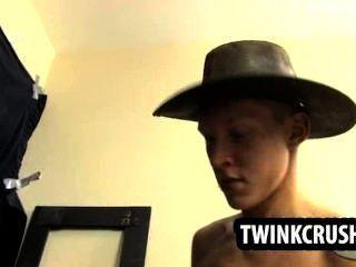 तीन सींग कुछ वासनोत्तेजक समूह होने सेक्स Twinks