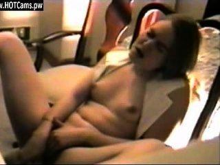 मुक्त चैट रूम सेक्सी किशोरों छोटे स्तन वेबकैम पर संभोग सुख है - hotcams.pw