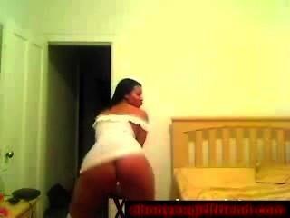 मिठाई मोटा आबनूस पूर्व प्रेमिका वेश्या एकल में उसके शरीर से पता चलता है