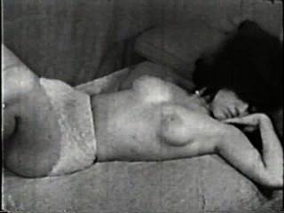 सॉफ़्टकोर जुराब 507 1960 - दृश्य 3