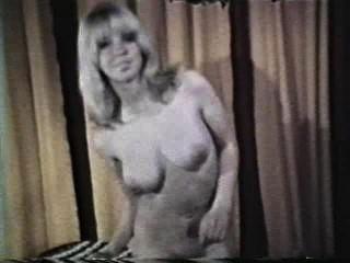 सॉफ़्टकोर जुराब 590 से 1970 के दशक - दृश्य 3