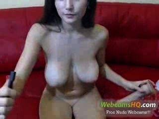 वेबकैम पर बहुत गर्म श्यामला एकल हस्तमैथुन
