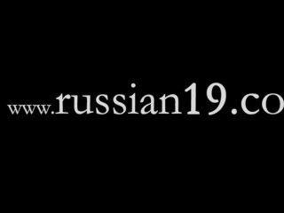 दो रूसी स्कूली नग्न आउटडोर