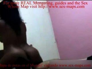 डोमिनिकन वेश्या मर्दाना पुरुषों के साथ fucks