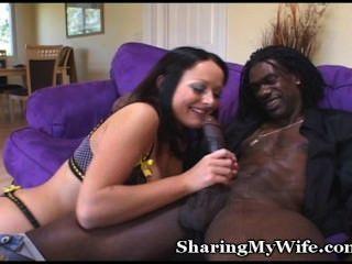 पत्नी काले कमबख्त पर स्वादिष्ट स्तन