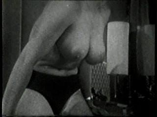 दृश्य 2 - सॉफ़्टकोर 517 50 के दशक और 60 के दशकों जुराब