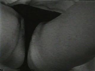 दृश्य 2 - सॉफ़्टकोर 503 50 के दशक और 60 के दशकों जुराब
