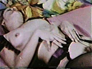 दृश्य 2 - सॉफ़्टकोर 132 50 के दशक और 60 के दशकों जुराब