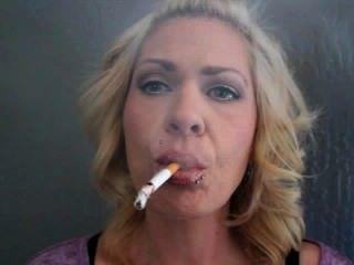 उम्मीदवारों धूम्रपान हाथों से मुक्त शैली