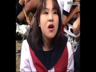 कई एशियाई मुखमैथुन, मुँह में सह, बिना सेंसर