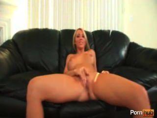 पीओवी प्यारा गोरा के साथ सेक्स
