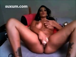 एक dildo बड़े स्तन के साथ उसे बिल्ली कमबख्त फूहड़ श्यामला