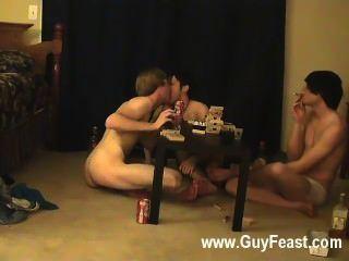 गर्म समलैंगिक यौन संबंध का पता लगाने और विलियम उनकी हाल ही में सहयोगी के साथ एक साथ प्राप्त