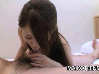 Tamami Sugioka: एक अविश्वसनीय रूप से सींग का बना जापानी किशोरी