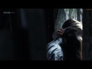 जेना-लुईस कोलमैन सेक्स दृश्य - शीर्ष पर कमरे