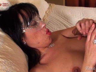 करोल elystar: सुंदर होंठ।