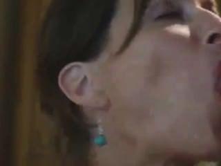 सुंदर श्यामला milf त्वरित बकवास जो चेहरे के साथ समाप्त होता था