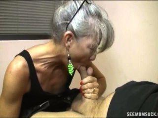 slutty नानी blowjob
