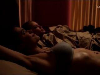 Elvina बेक और क्रिस्टन सख्ती से यौन श्रृंखला में रेंटन