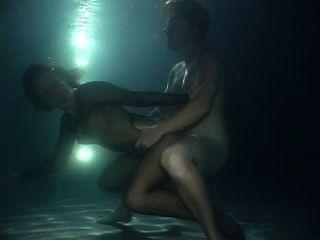 पानी के नीचे सेक्स - सपना देख