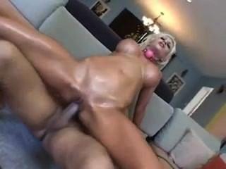 सेक्स गुलाम प्यूमा