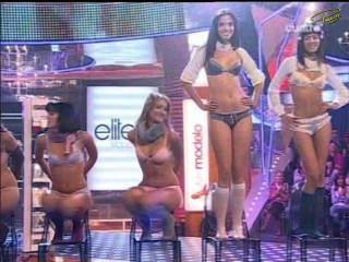 supermodelo 2007-LENCERIA (पालोमा bloyd, इसाबेल Cañete, मागदालेना पेरेस ..)