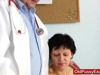 मुंडा गृहिणी ईवा दर्शक gyno डॉक्टर बकवास छेद निरीक्षण