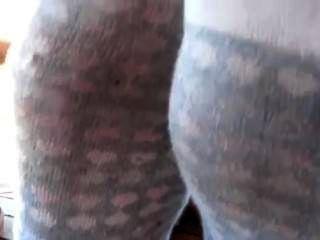 बदबूदार पसीने से तर मोजे और जूते ट्रैश