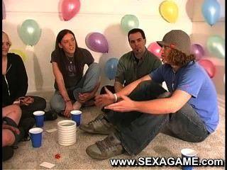 कामुक छात्र सेक्स खेल