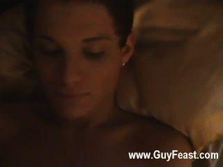 वह समलैंगिक फिल्म लगभग एक दुर्भाग्यपूर्ण सेक्स लेकिन हमारे पता लगाने के साथ समाप्त हो गया