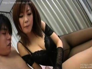 जापान बड़े स्तन कट्टर क्रीम पाई विस्फोट