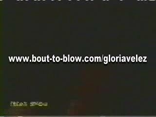 ग्लोरिया Velez (काटा हुआ) - playpigs.com