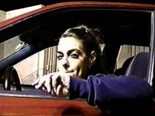 कार में धूम्रपान 120s