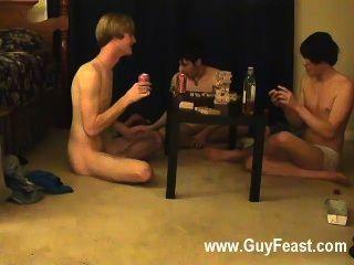 समलैंगिक नंगा नाच इस के लिए आप दृश्यरतिक प्रकार जो विचार की तरह एक लंबी झटका है
