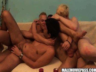 चार कामुक कुछ शराबी समूह सेक्स कर लोभी