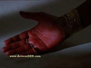 भारतीय अभिनेत्री अनु अग्रवाल गर्म सेक्स -इस बादल दरवाजे