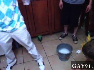 समलैंगिक वीडियो ठीक है, तो इस सप्ताह हम एक बल्कि दिलचस्प प्रस्तुत मिला है।