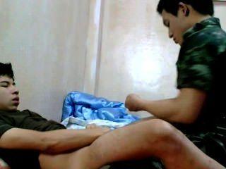 थाई सेना पुरुष सुंदर दोस्त BareFuck।