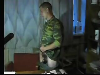 русский солдат4 (Вань, ну сними штаны)