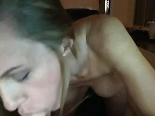 एमआईएलए वेब कैमरा में dildo बेकार है।मैं उससे प्यार करता हूं !