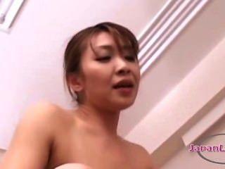 एशियाई औरत छोटी लड़की के साथ 69 में pussies चाट पर strapon के साथ गड़बड़
