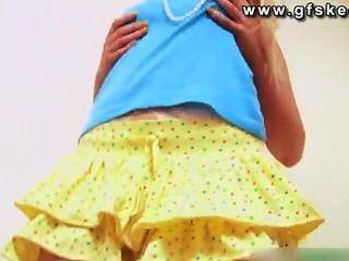 केटी कश्मीर - पीले रंग की पोशाक